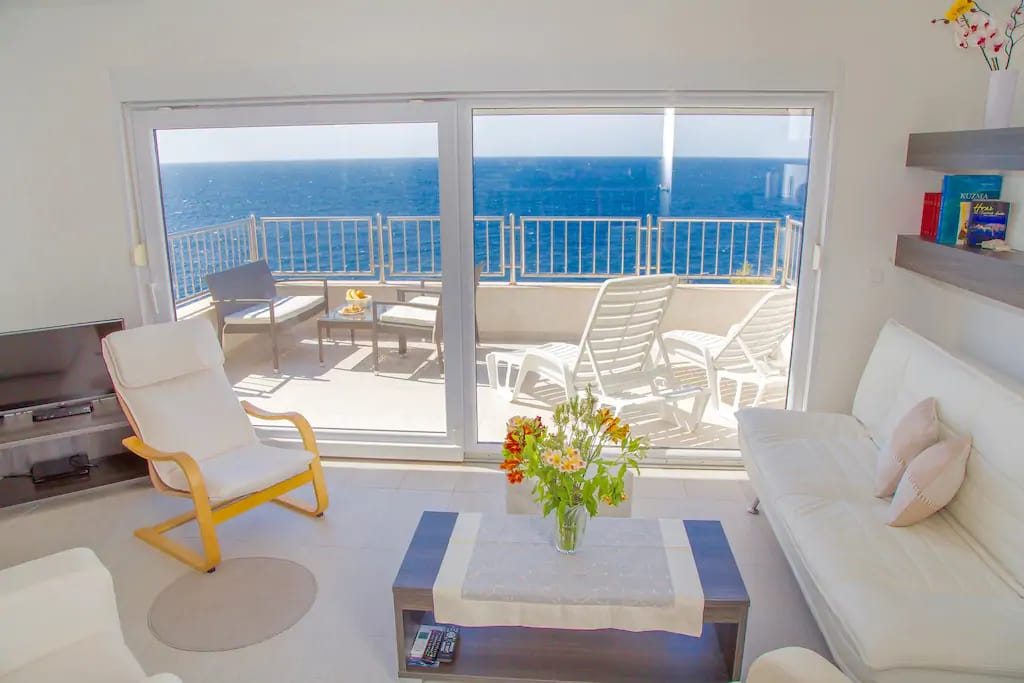 Island Hvar, luxury villa for sale. first row to the sea. 2 apartments, each has parking space. www.luksuzno.com